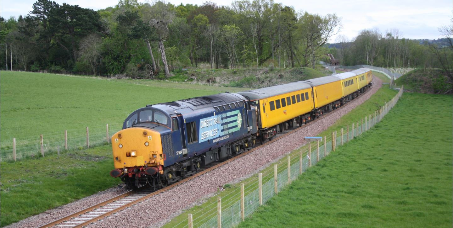 Borders railway test train in May 2015 - image 2